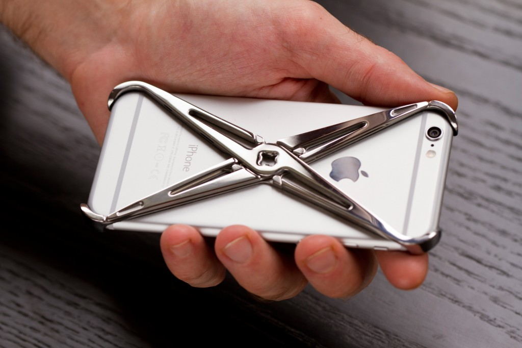 Lucidream eXo iPhone case ergonomic